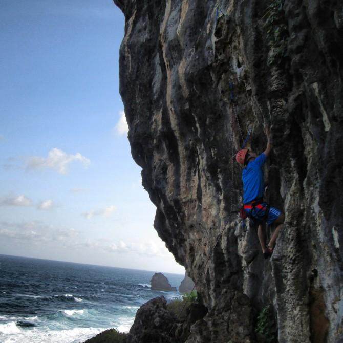 Climbing tebing siung