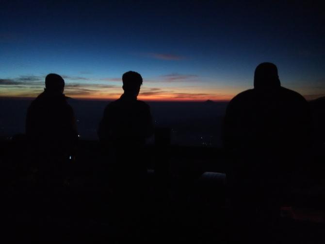 sunrise posong